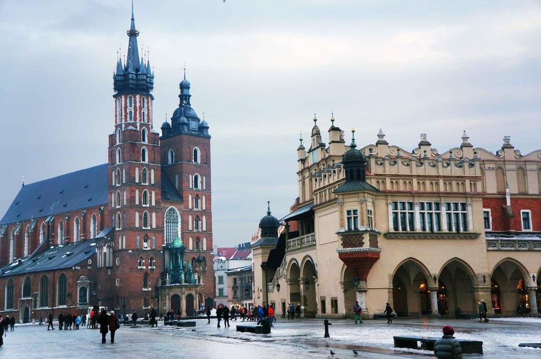 Una vieja y hispter Cracovia