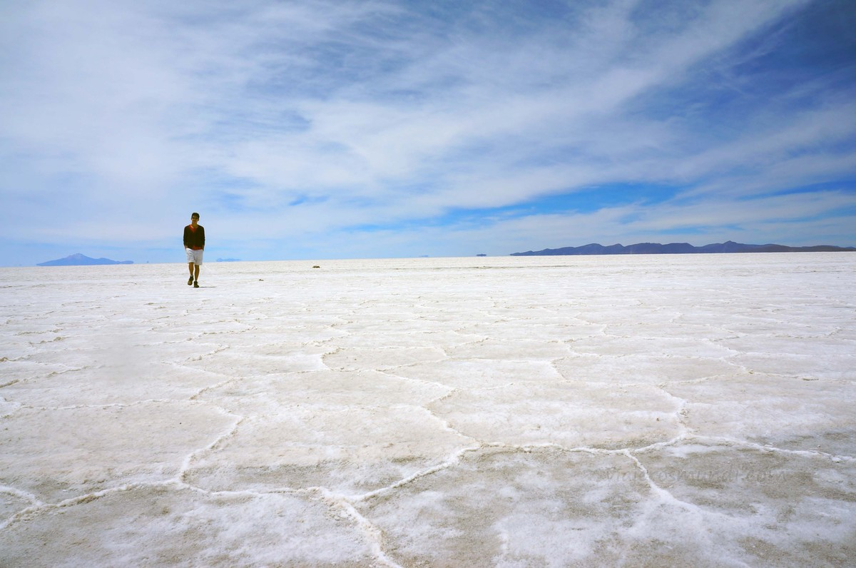 Caminando con el crujir de la sal