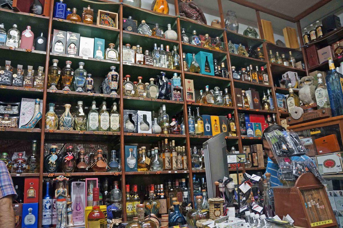 Tienda de tequila, Tlaquepaque