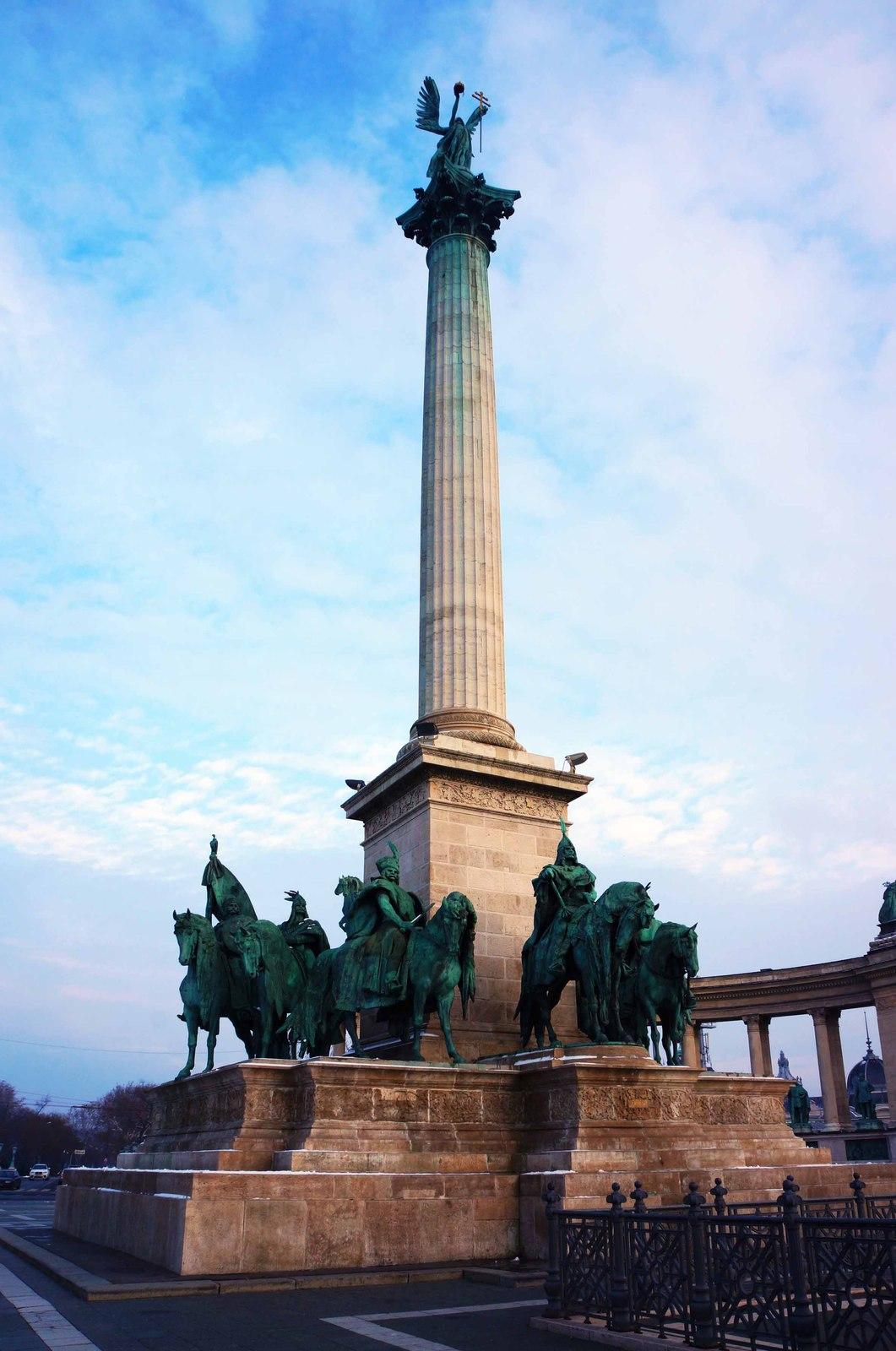 Plaza de los Héroes, Budapest