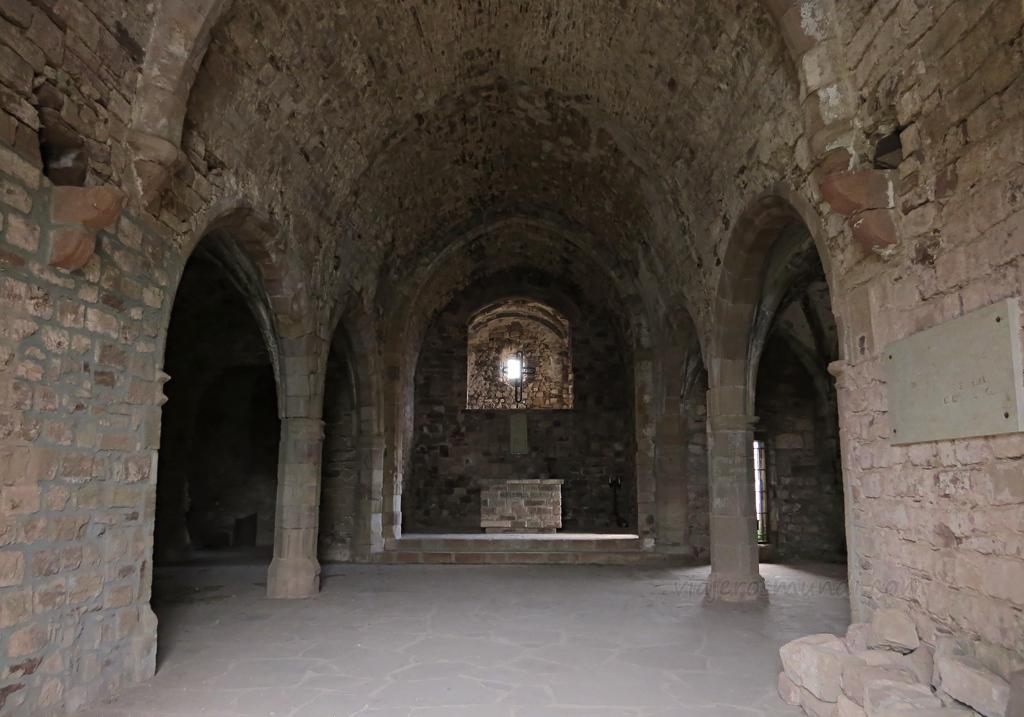 Interior iglesia Santa María de Tagamanent