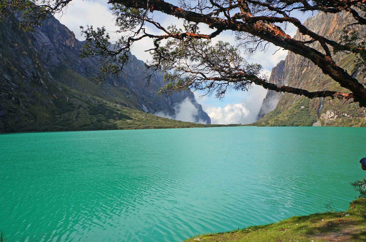 Laguna Chinancocha, en la Quebrada de Llanganuco