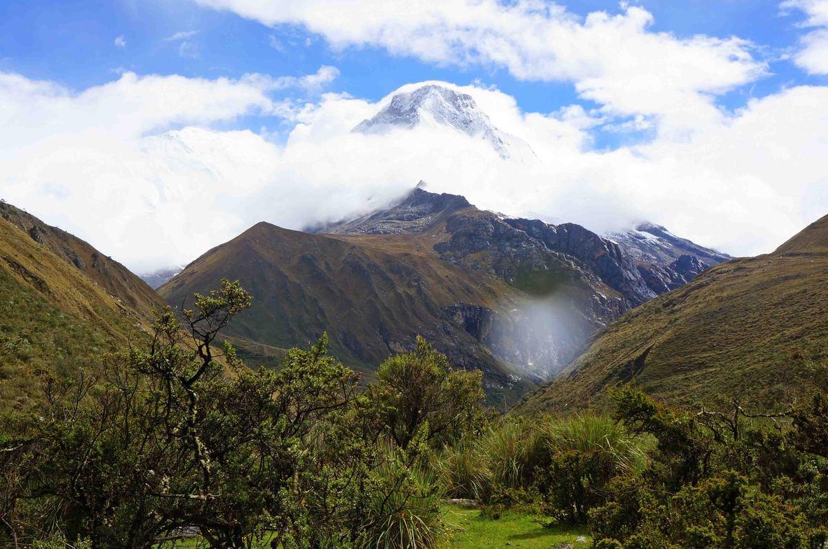 Vista del monte Yanarahu, Parque Nacional Huascarán