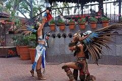 Danza prehispánica en El Parián, Tlaquepaque
