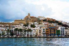 Centro de Ibiza desde el puerto