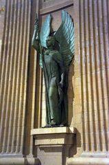 Arcángel en la Basílica del Valle de los Caídos, España