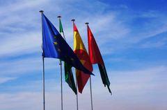 Banderas en Granada