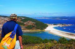 Vista de la isla norte, Islas Cíes y la costa de Galicia