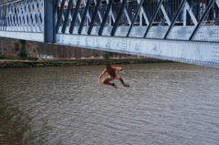 Niños valientes se tiran del Ponte Luis, Oporto