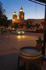 Catedral de Cafayate de noche