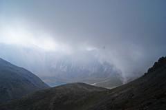 La niebla bajando sobre nosotros