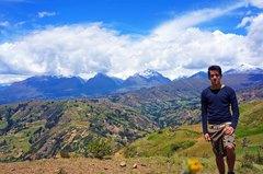 Cordillera Blanca vista desde la Cordillera Negra