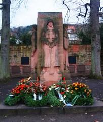 Monumento a los judíos en Gelhausen, Alemania