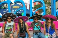 Como mariachis, Guadalajara