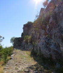 Camino al castillo de Zabljak Crnojevica