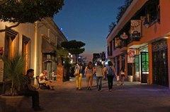 Paseo nocturno en Tlaquepaque