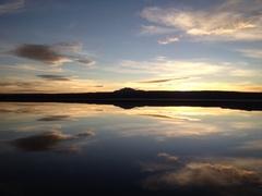 Cielo Reflejado En Laguna Tebinquinche