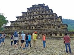 Pirámide de los Nichos, antigua ciudad de El Tajín