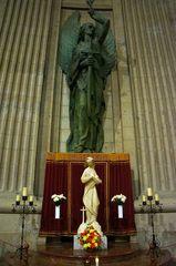 Altar en la Basílica del Valle de los Caídos, España