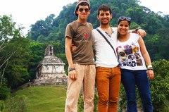 Con mis amigos en la cima del Palacio