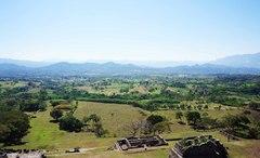 Vista del Valle desde lo alto de la pirámide