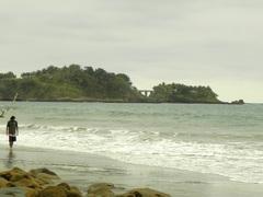 Playa Negra de Mompiche, Ecuador