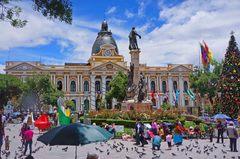 Plaza Murillo, con el Palacio de Gobierno de Bolivia