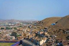 Favelas limeñas en Chorrillos