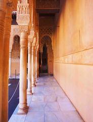 Columnas árabes en la Alhambra, Granada