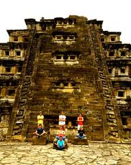 Pirámide de los Nichos, ciudad de El Tajín