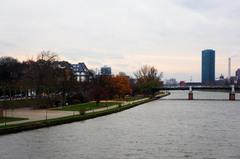 Río Main en Frankfurt
