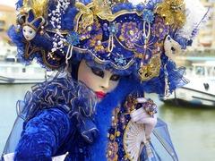 mask-of-venice-1814544_640.jpg