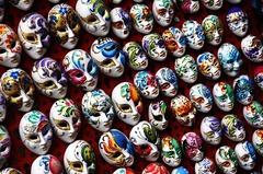 masks-1559215_640.jpg