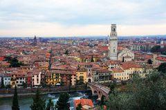 Vista de Verona desde el Castillo de San Pedro