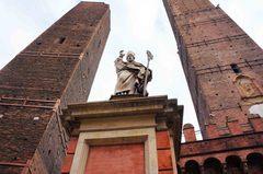 Las dos torres de Bolonia