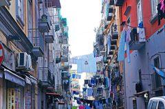 Calles del centro histórico de Nápoles