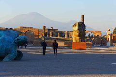 Ruinas de Pompeya con el Monte Vesubio