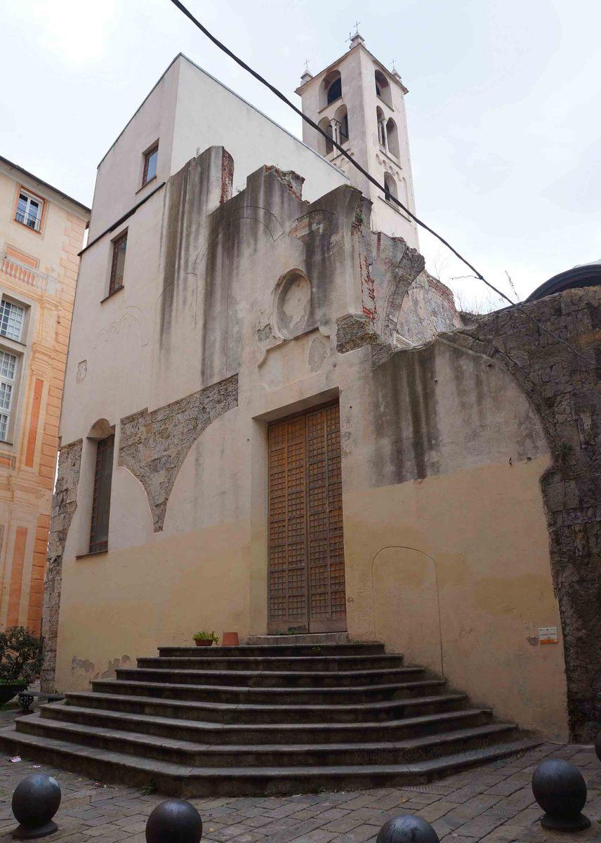 Iglesia en la zona medieval de Génova