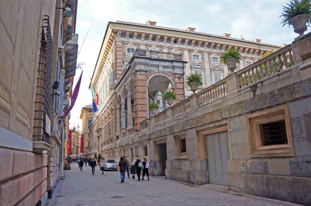 Palacios de la Via Garibaldi, Génova