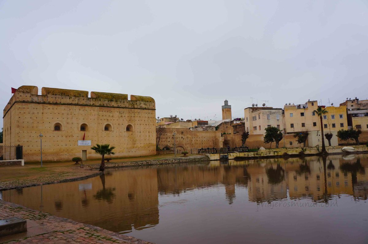 Paisaje cerca de la medina de Fez, Marruecos