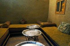 Un restaurante típico marroquí en Fez