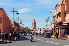 Vista de la mezquita Kutubía en Marrakech