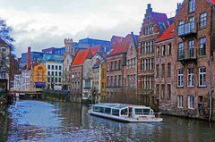 Centro histórico de Gante y el río Lys