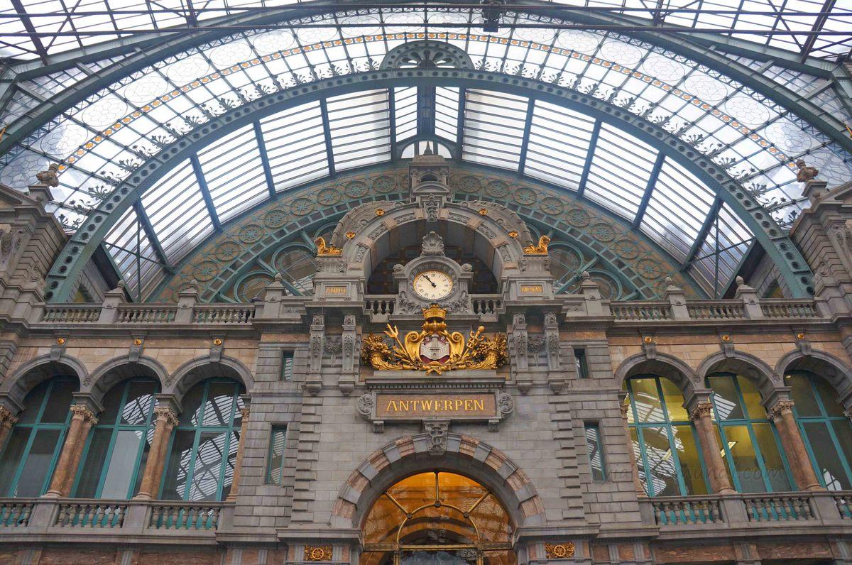 Central de trenes de Amberes