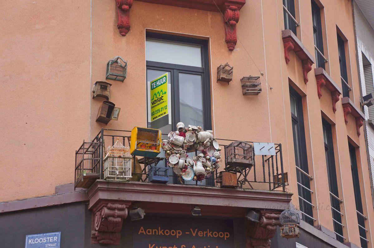 Antigüedades en Kloosterstraat, Amberes