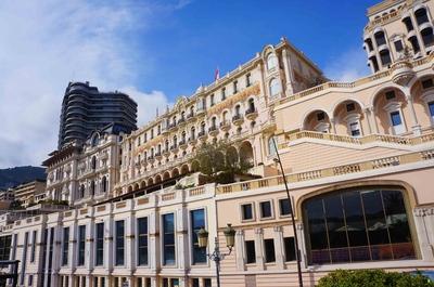 Hoteles del Malecón del puerto de Mónaco