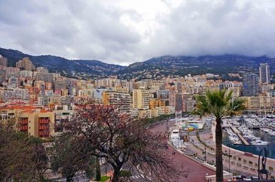 Vista de Mónaco desde La Roca