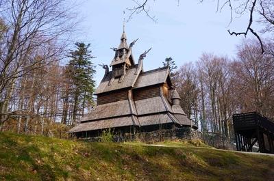 Iglesia de Fantoft en Bergen, Noruega