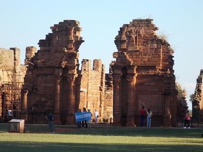 ruins-986924_640.jpg