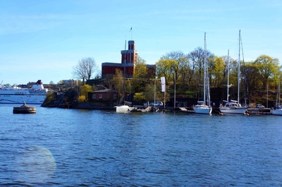 Embarcadero en los canales de Estocolmo